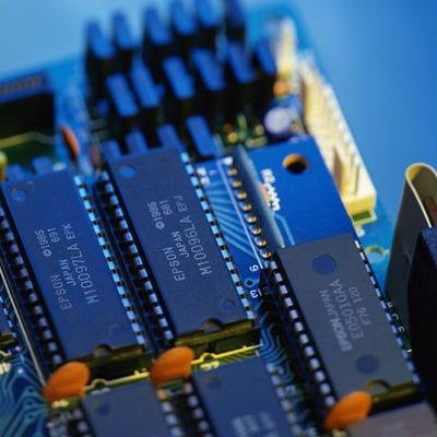 高可靠SOI SRAM大容量存储器电路系列